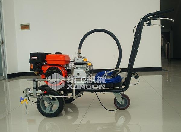 冷喷划线机地面划线机在使用热熔进行工作的时候要注意什么